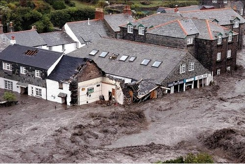 boscastle 2004 flood